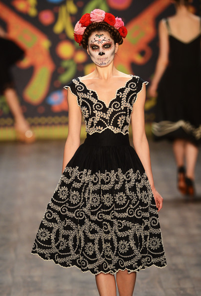 Famous mexican fashion designers 44